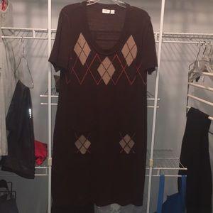 Brown sweater dress with argyle design